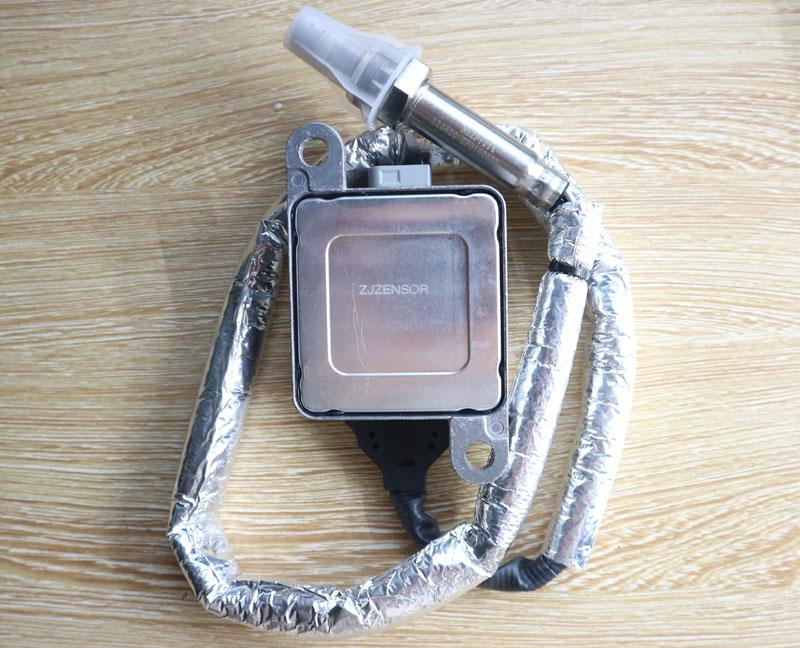 3687930 Nitrogen Oxide sensor 4326870 NOX Sensor 5WK96740B Cummins sns12v