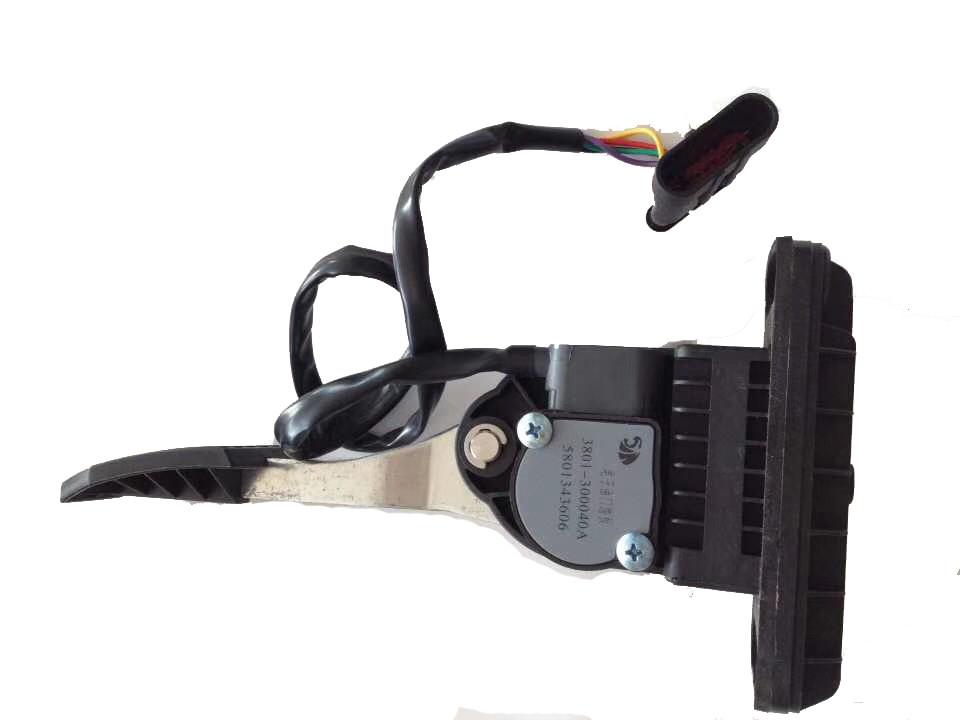 3801-300040A Air Accelerator pedals 58013606 for SAIC-IVECO HONGAYN