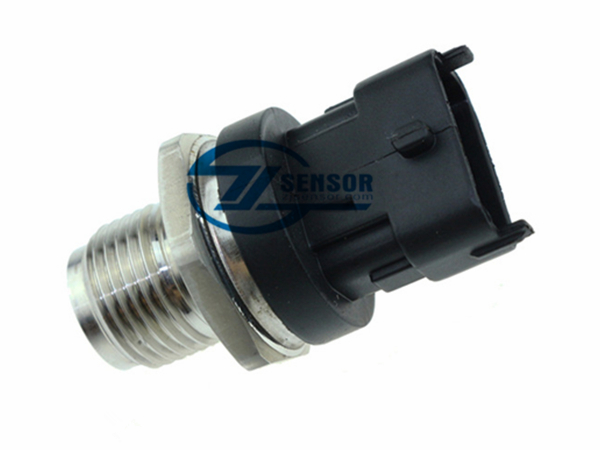 1800 Bar Diesel Fuel Injection Pressure Sensor OE: 55207677 For Fiat 500 Bravo Doblo Multipla Croma Fiorino